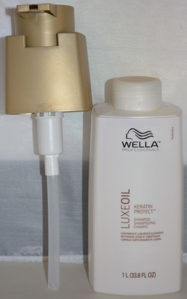 Wella Luxe Oil Keratin Protect Shampoo 33.8oz - Includes Free Pump