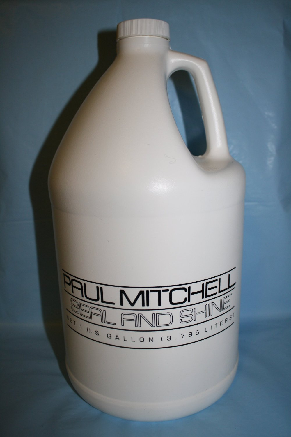 Paul Mitchell Seal And Shine Gallon